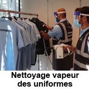 Nettoyage des uniformes à la vapeur